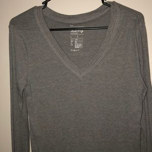 Gray long sleeve v neck shirt